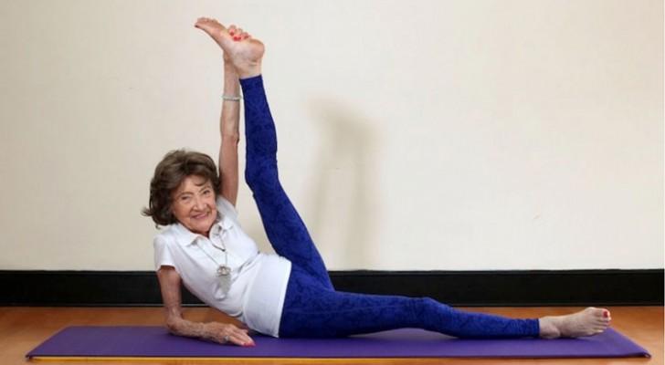 Hier die älteste Yogalehrerin der Welt: 98 Jahre...und voller Lebenskraft!
