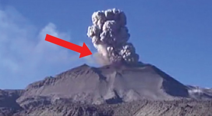 Peru's Sabancaya volcano is alive and kicking!