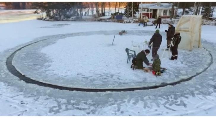 Tagliano una piattaforma circolare nel ghiaccio: il motivo è assolutamente geniale!