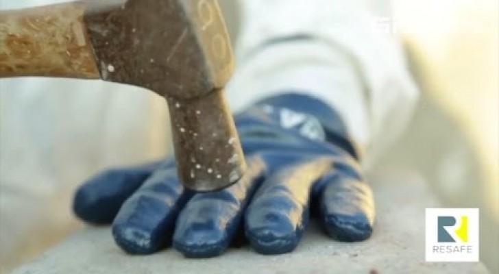 Estos guantes ofrecen la maxima proteccion durante los trabajos manuales: nada puede destruirlos!