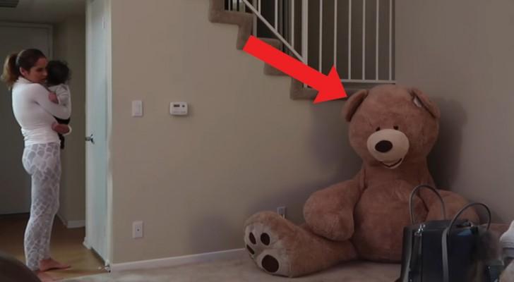 Alguien se esconde en el oso de peluche: este es la broma mas diabolica de siempre