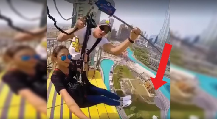 Taking a ride down from a skyscraper in Dubai! Check it out!
