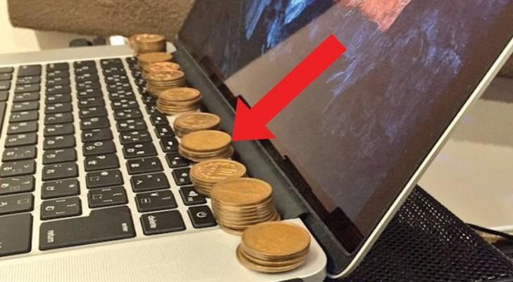 Coloca moedinhas de cobre sobre um computador portátil: veja o truque banal que resolve um grande problema
