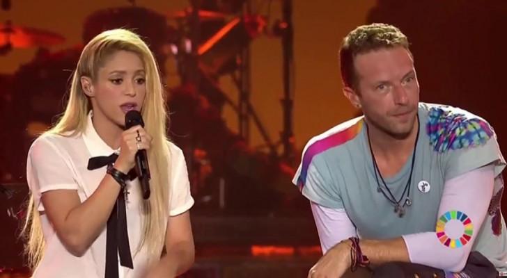 I Coldplay invitano sul palco Shakira per un duetto: cosa pensate del risultato?