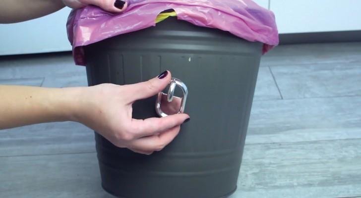 Lerne einige ausgeklügelte Tricks, die man mit gewöhnlichen Plastikhaken machen kann