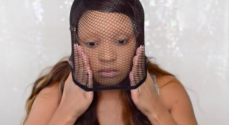 She puts a mesh weaving cap on her face and shows us a totally unexpected trick ... Wow!