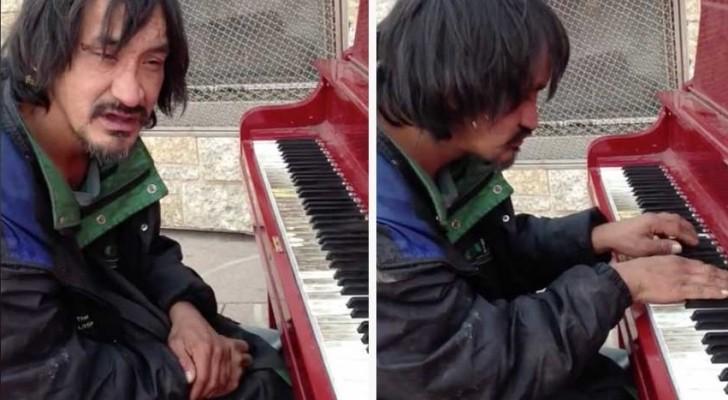 Sie trifft einen Obdachlosen auf der Straße. Als er sich ans Klavier setzt, kann sie ihren Ohren nicht trauen