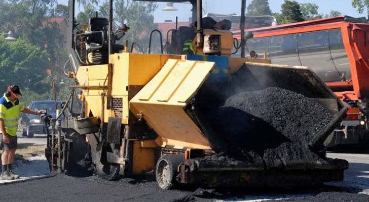 Londen knapt de wegen op met asfalt verkregen uit plastic afval en de resultaten overtreffen de verwachtingen