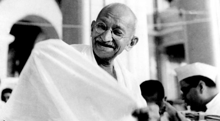 10 av Gandhis fraser som uppmuntrar dig till att leva varje  dag som att den var den sista