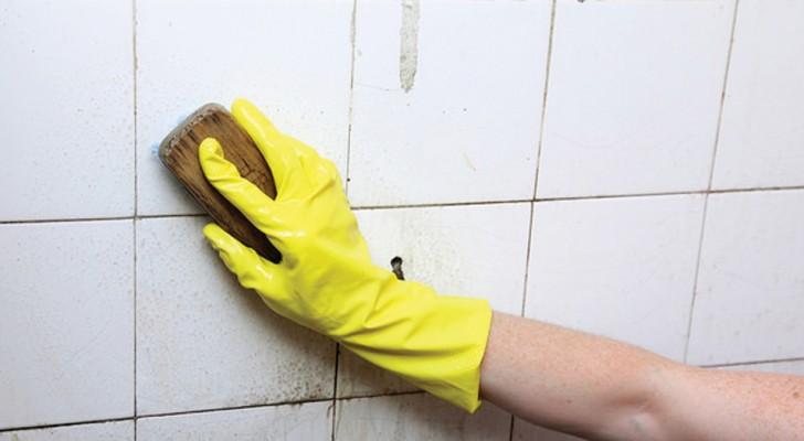 Ce produit se prépare à la maison avec seulement 2 ingrédients et il nettoie la salle de bains comme aucun autre produit d'entretien.
