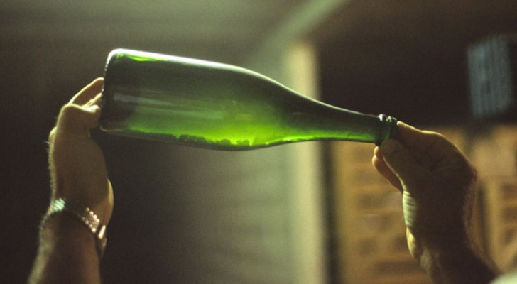 Here is the method to transform wine into excellent vinegar