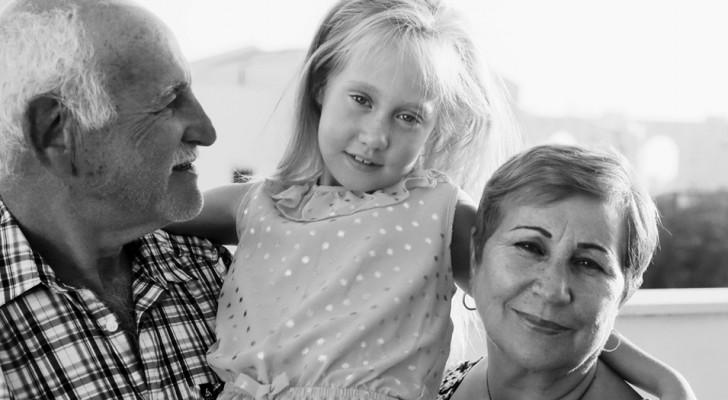Perché i nonni impazziscono per i nipoti? Due medici ci rivelano la curiosa spiegazione scientifica