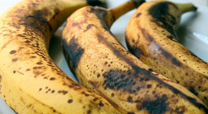 Tienen las bananas muy maduras? Pueden transformarlas en un delicioso postre de una facilidad desarmante