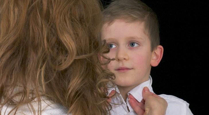 I genitori narcisisti trattano i loro figli come eterni bambini, e le conseguenze non sono positive