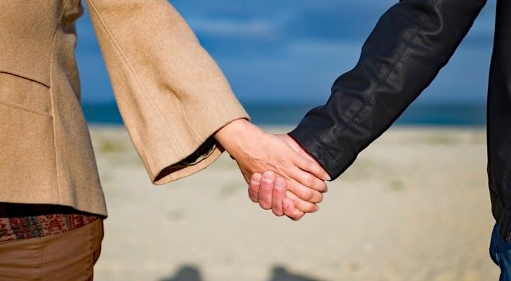 Ecco perché le coppie realmente felici pubblicano di meno sui social network
