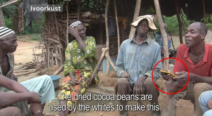 Un produttore di semi di cacao assaggia il cioccolato per la prima volta