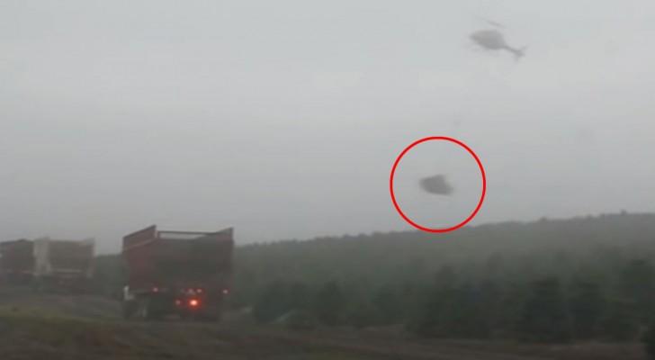 Voici probablement le pilote d'hélicoptère le plus habile que vous ayez vu