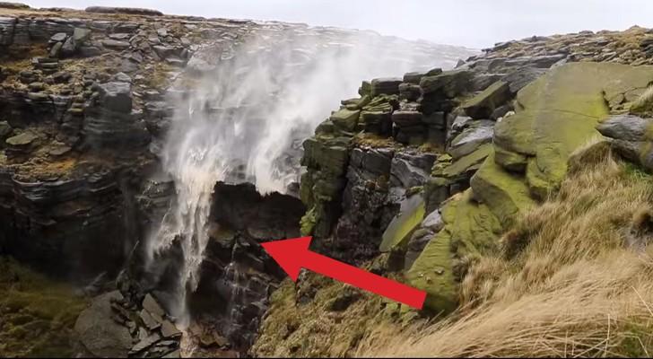 La cascata che scorre al contrario ecco il curioso video - Casa al contrario ...