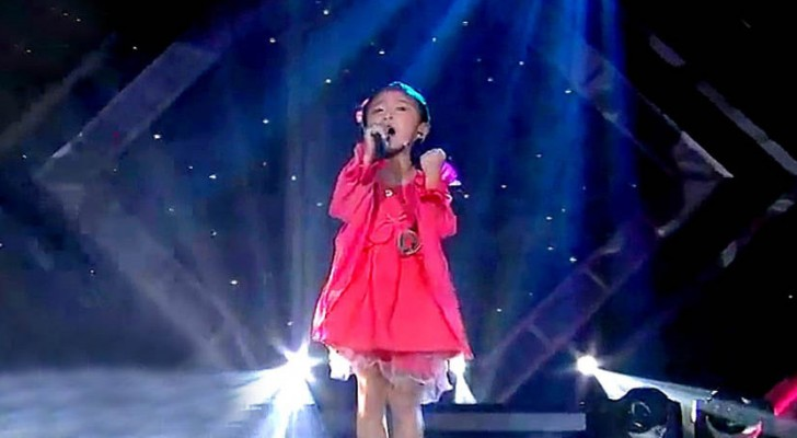 This little girl's performance will leave you speechless !! What a voice !