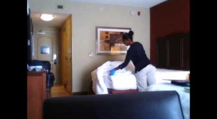un homme met une cam ra dans sa chambre d 39 h tel sa d couverte est inqui tante. Black Bedroom Furniture Sets. Home Design Ideas