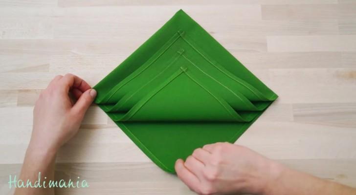 In slechts seconden wordt een servet een mooie decoratie. Super eenvoudig!