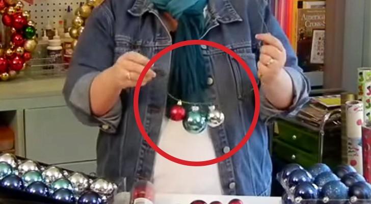 Usando una percha y pelotitas, esta mujer crea un objeto que los sorprendera