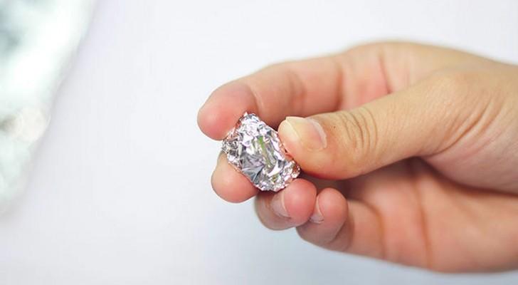 Que cosa se puede hacer con una pelotita de aluminio? Descubre estos 5 trucos utilisimos!