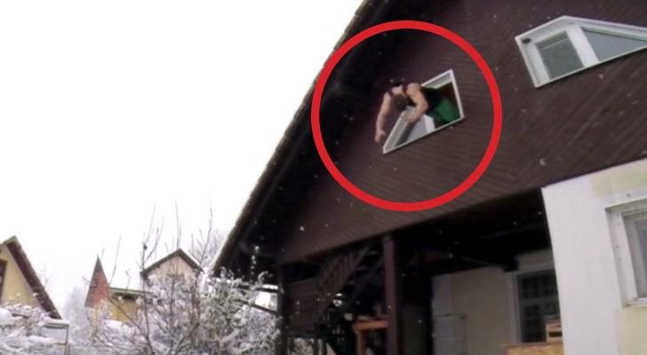 Ein Junge springt aus dem Fenster: Sein Können wird euch umhauen!