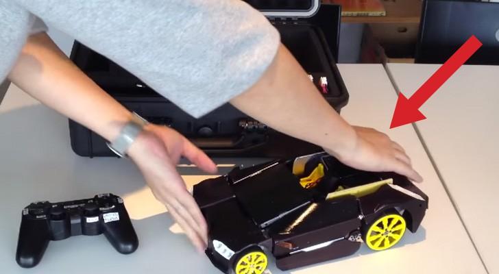 A primera vista parece un auto a control remoto, pero oprimiendo el boton...