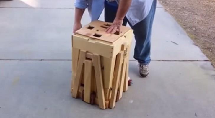 Tira fuori una strana scatola di legno. Dieci secondi dopo? Wow!!!