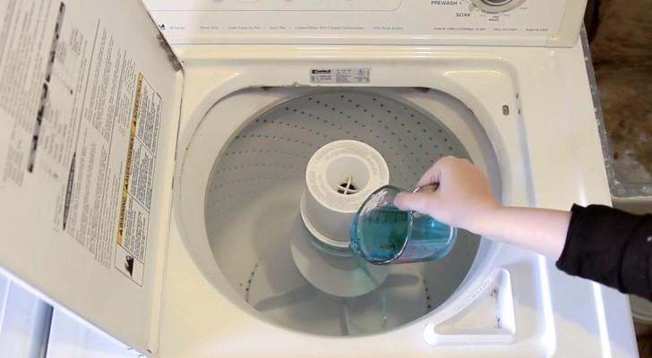 sie kippt mundsp lung in die waschmaschine ihr trick ist sehr n tzlich. Black Bedroom Furniture Sets. Home Design Ideas