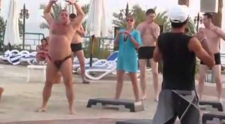 Пузатый жирный мужик 16 фотография