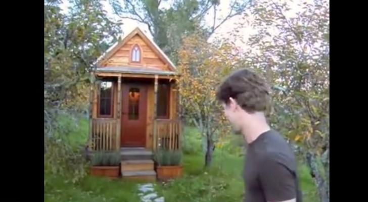 Um homem nos mostra sua casa de 27 m²... Veja quanta coisa cabe dentro dela!