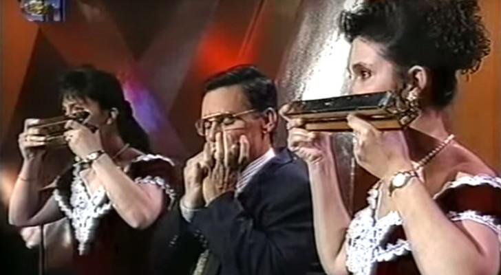 3 personas con la armonica tocan Beethoven: el resultado supera cada expectativa...