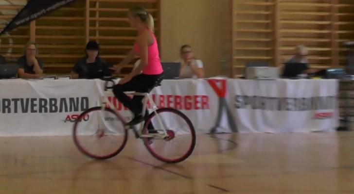 Se presenta a la audicion en bicicleta: cuando vean que cosa hace quedaran CONMOCIONADOS!