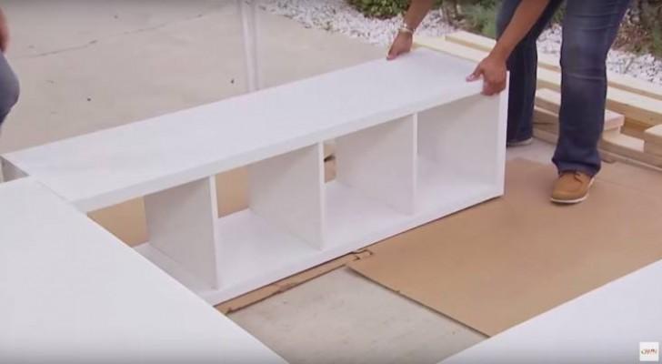 Compra 3 librerias IKEA y las apoya en el piso: una idea genial para crear espacio extra!
