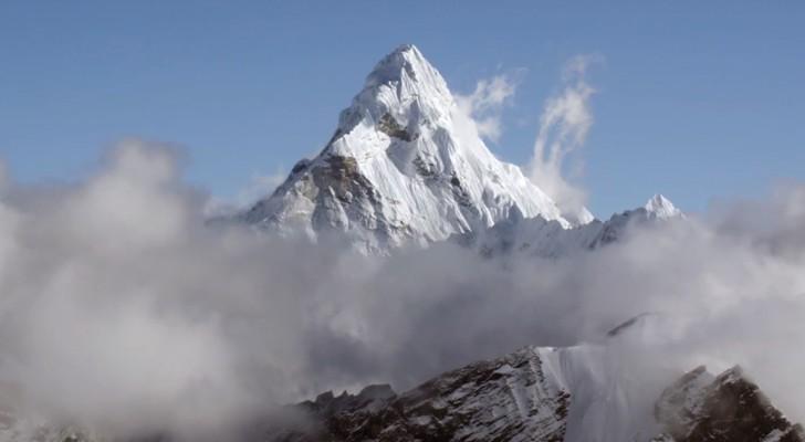 Un helicoptero llega al Everest y registra un video en HD: aqui para ustedes el techo del mundo