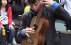 El guitarrista fenomeno de Sydney