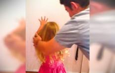 Trucco infallibile del papà per fare una coda perfetta alla sua bambina