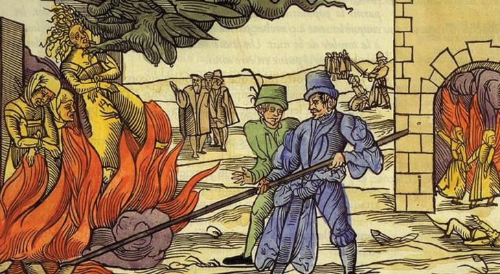 Caccia alle streghe: 5 terribili torture che venivano impiegate per ottenere una confessione