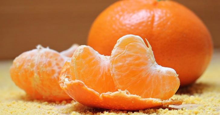 Une fois que vous aurez découvert les bienfaits des peaux de mandarine, vous y penserez à deux fois avant de les jeter