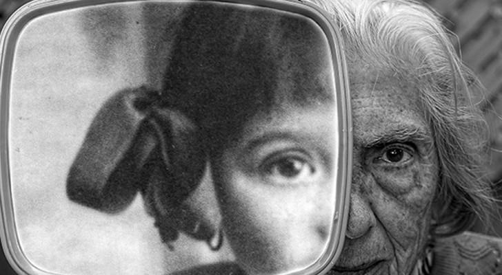 De zoon fotografeert zijn negentig jaar oude moeder: zijn foto's zijn van een zeldzame schoonheid