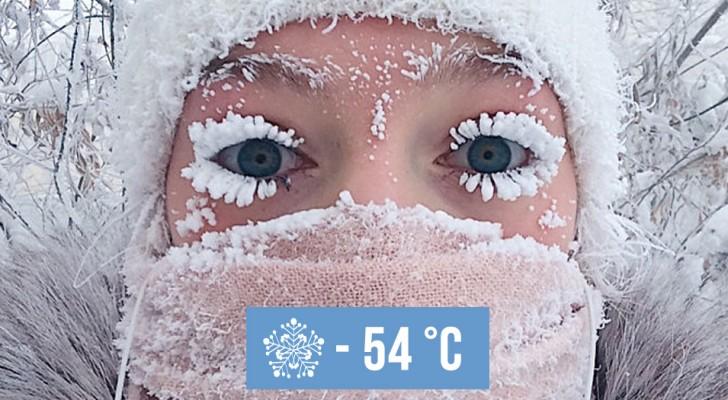 In questo villaggio siberiano le temperature hanno toccato i -54 °C: le immagini parlano da sé