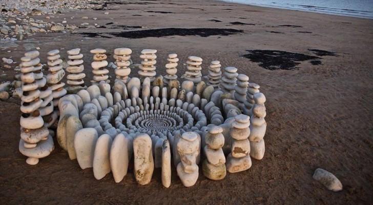 Deze kunstenaar gebruikt elementen uit de natuur om schitterende betoverende mandala's te maken