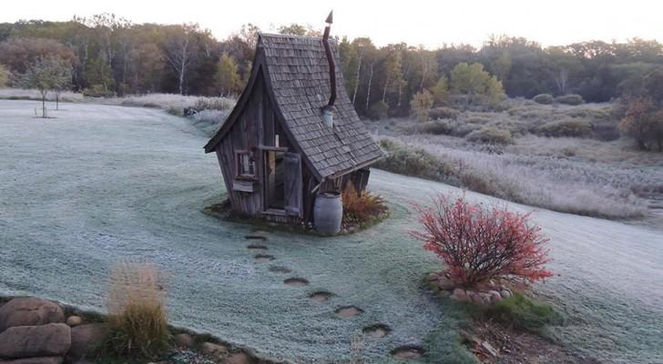 Cet artisan menuisier réalise des maisonnettes qui semblent sorties tout droit d'un conte de fées