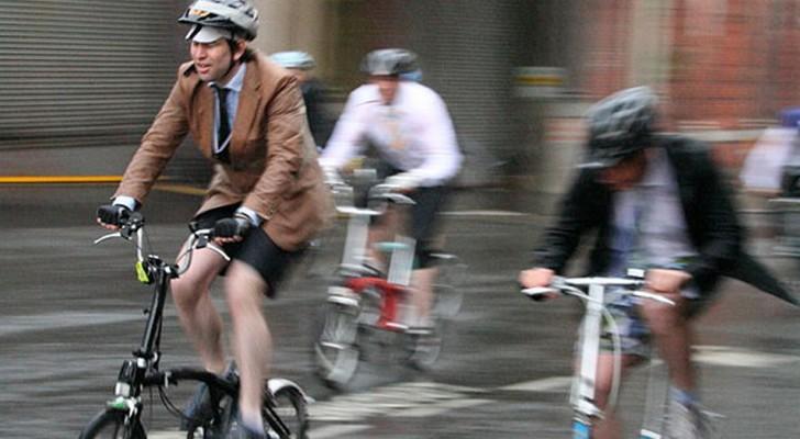 Andare al lavoro in bicicletta dimezza il rischio di cancro e malattie rispetto a chi va a piedi o con i mezzi