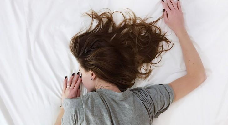 Dormire il più possibile nel weekend può restituirti anni di vita: ecco la ricerca