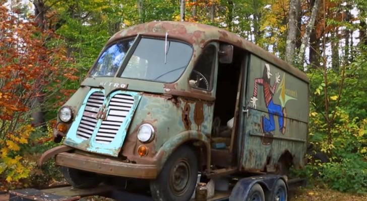 De eerste epische tourbus van Aerosmith is teruggevonden in een bos, 40 jaar na zijn laatste rit