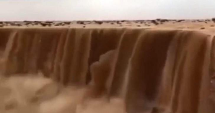 In Arabia Saudita le cascate sono di sabbia: un fenomeno tanto spettacolare quanto minaccioso