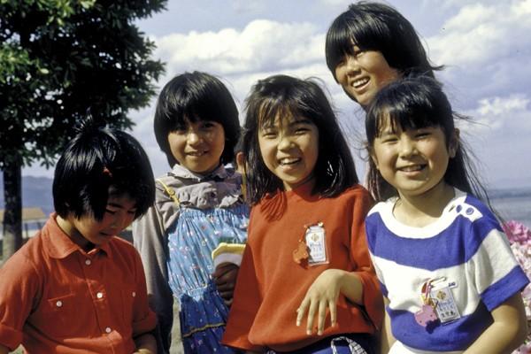 Japanische Kinder sind die gesündesten der Welt: Hier sind 7 Gewohnheiten, die jeder nachmachen sollte.